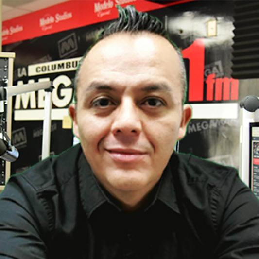 DJ: Oscar Gonzalez