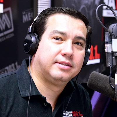 DJ: Gil Garcia